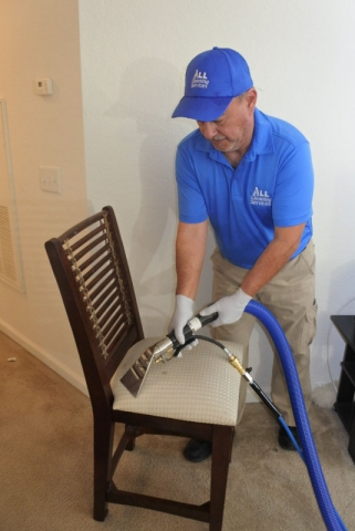 Steam Cleaning Cloth Dining Room Chairs in Jacksonville Fl