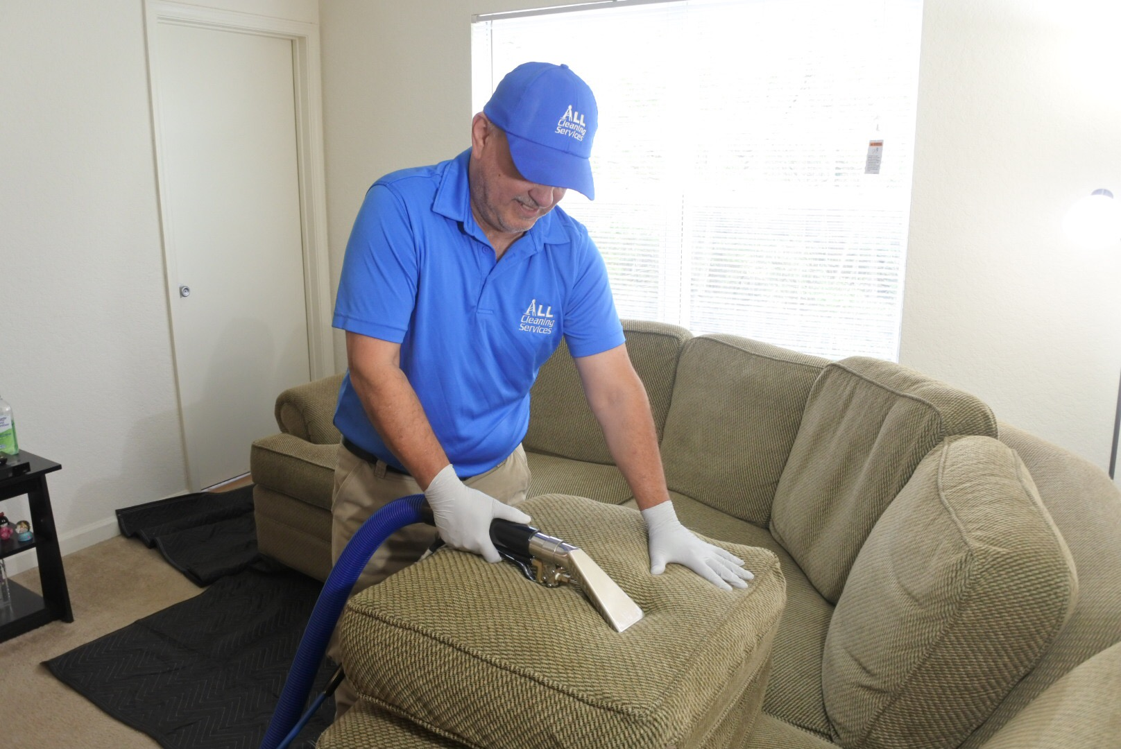 Upholstery Cleaning in Jacksonville Fl